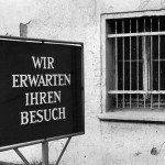 Werbetafel am Ostsee-Hotel im Ostseebad Kühlungsborn 1987